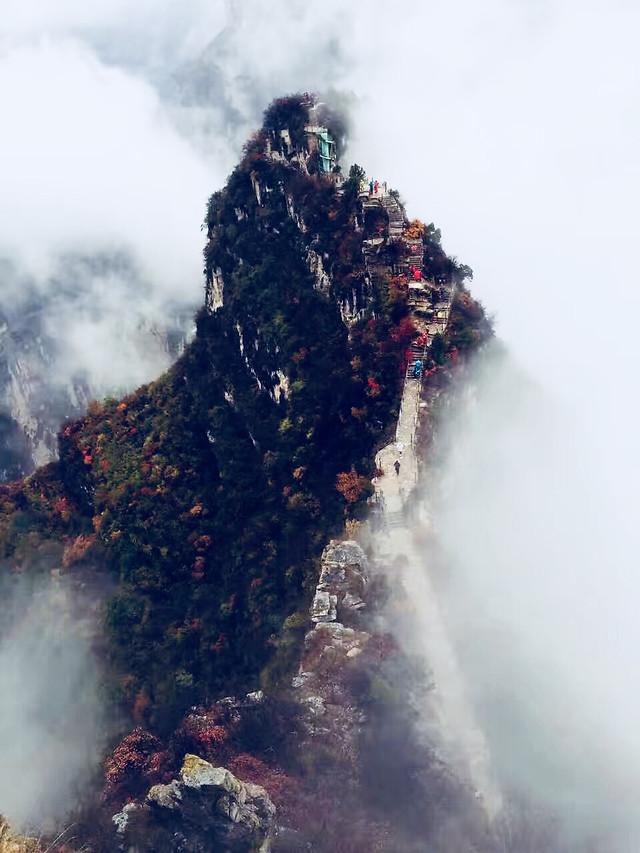 no-person-volcano-eruption-fog-smoke picture material