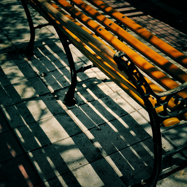 bench-chair-seat-no-person-wood picture material