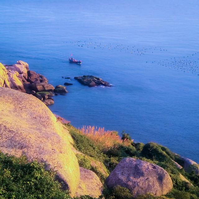 seashore-water-sea-no-person-landscape picture material