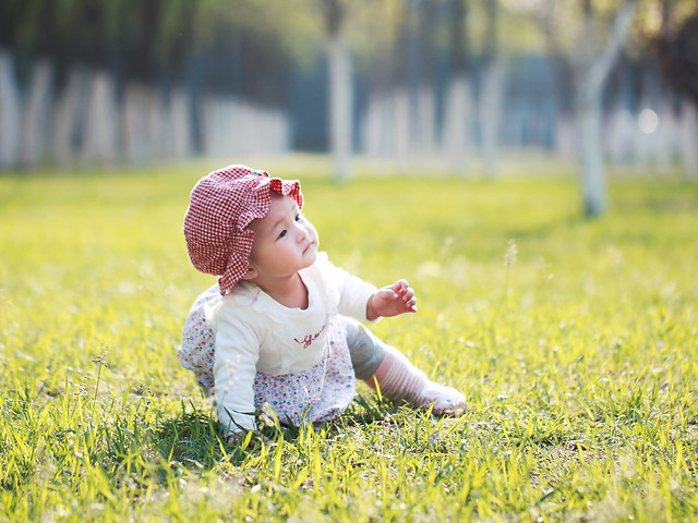 child-grass-nature-summer-baby picture material