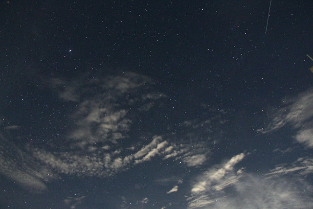 sky-astronomy-space-summer-night-starry-meteor 图片素材
