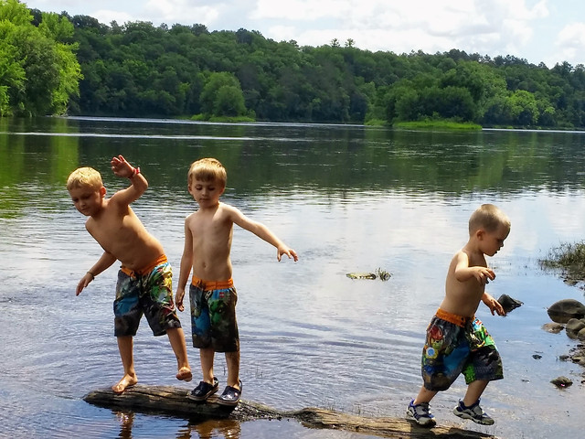 child-water-fun-leisure-recreation picture material