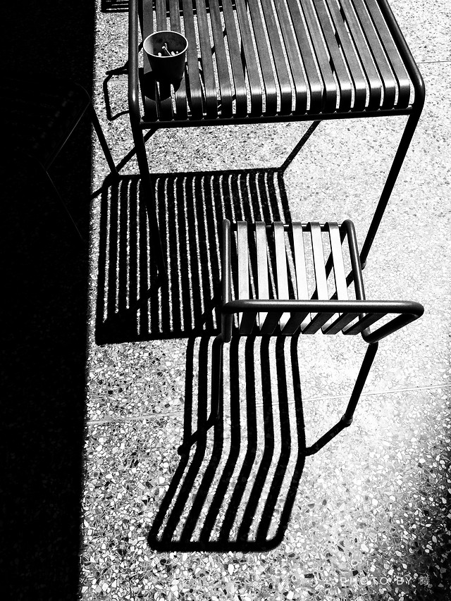 chair-no-person-black-and-white-seat-monochrome-photography 图片素材