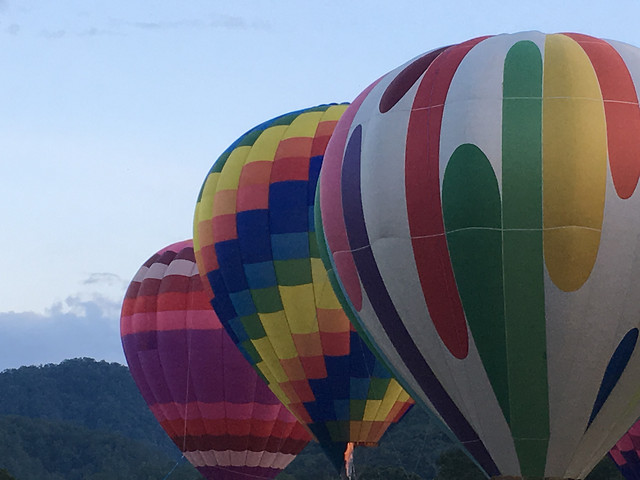 balloon-hot-air-balloon-airship-travel-hot-air-ballooning picture material