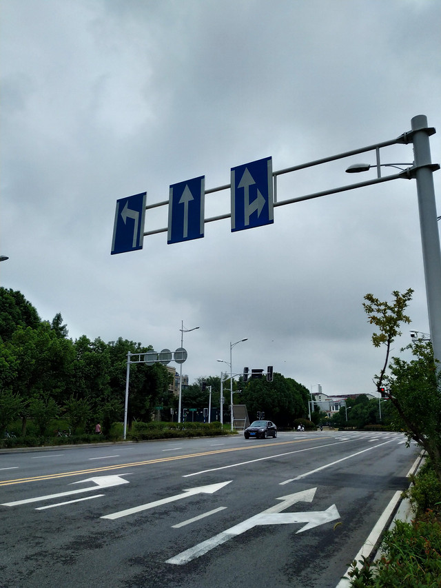 road-highway-street-asphalt-traffic 图片素材