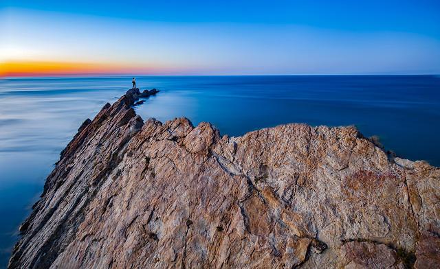 sky-sea-rock-cliff-ocean picture material
