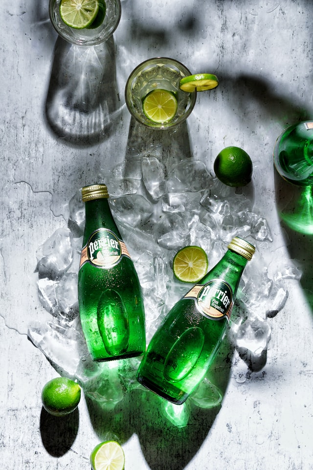 summer-searing-green-light-shadow-lemon-paris-water-cool-summer-ice-melting picture material