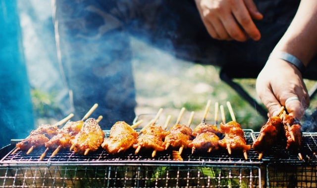 barbecue-food-meat-skewer-cooking 图片素材