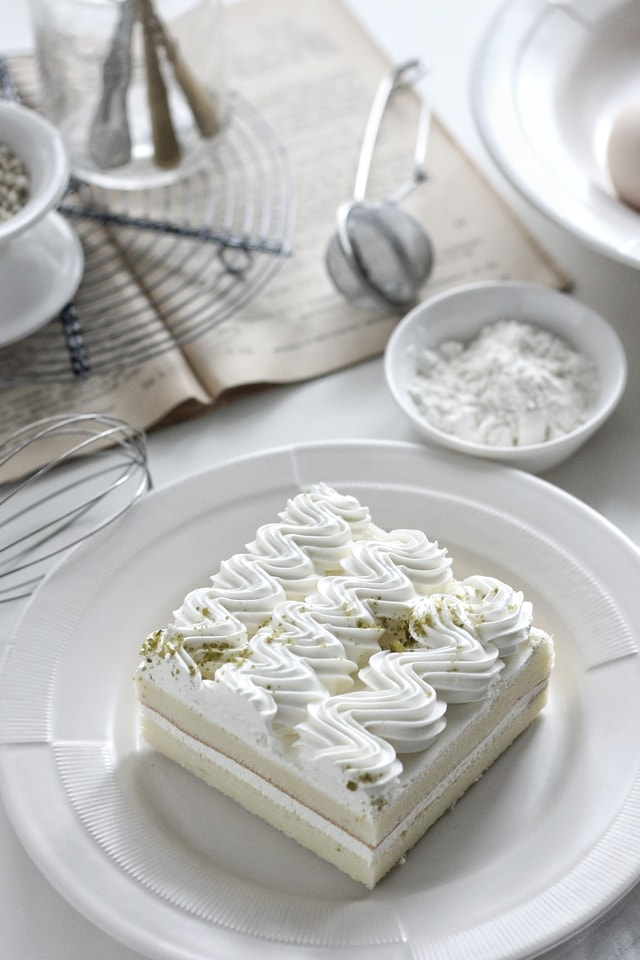 cream-food-dish-white-cake-making picture material