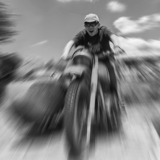 monochrome-hurry-blur-transportation-system-motion picture material