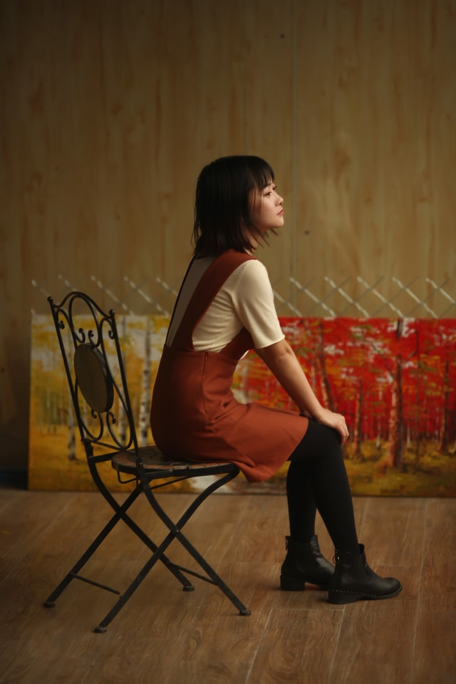 sitting-girl-furniture-chair-autumn-in-the-studio picture material
