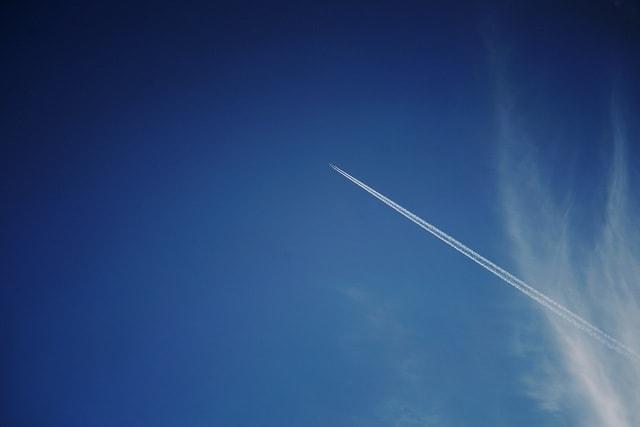 sky-atmosphere-cloud-airplane-space 图片素材