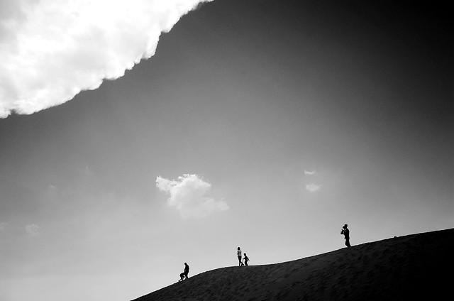 monochrome-sky-landscape-light-silhouette picture material
