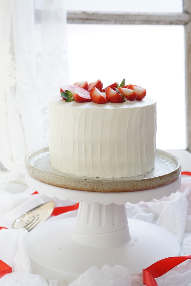 cake-cream-food-baking-strawberry-cream-cake picture material