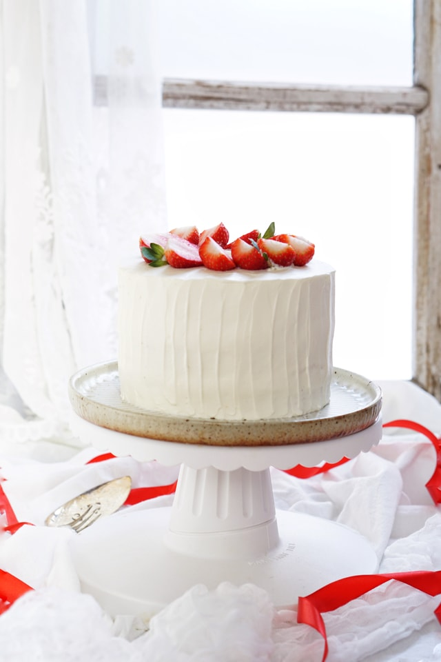 cake-cream-food-strawberry-cream-cake-no-person picture material