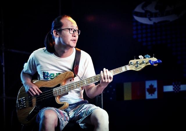 music-musician-guitar-guitarist-performance picture material
