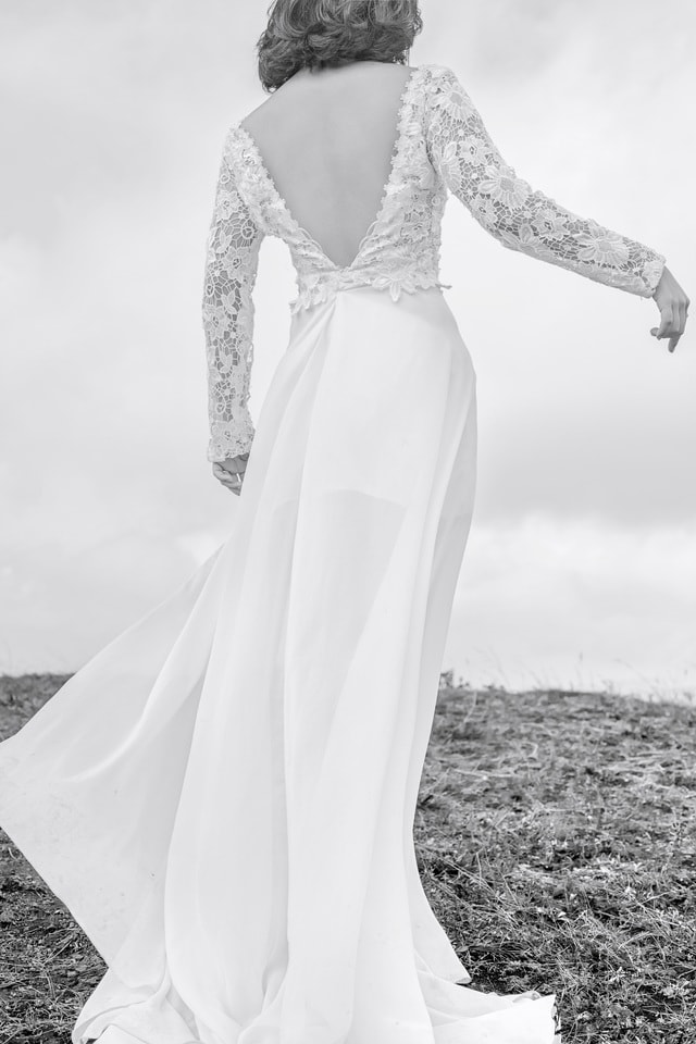 portrait-natural-wedding-dress-gown-wedding-dress-bridal-clothing-dress picture material