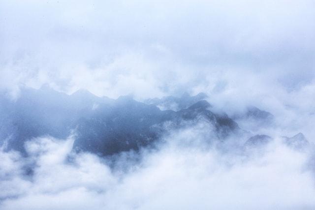 sky-cloud-atmosphere-cloud-sea-mountain-empty 图片素材