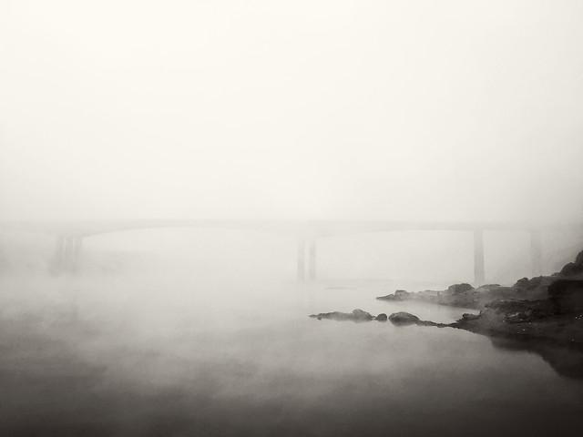 fog-monochrome-mist-landscape-water picture material