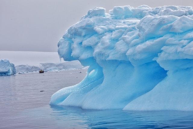 ice-wave-iceberg-arctic-ocean-sea-ice-polar-ice-cap 图片素材