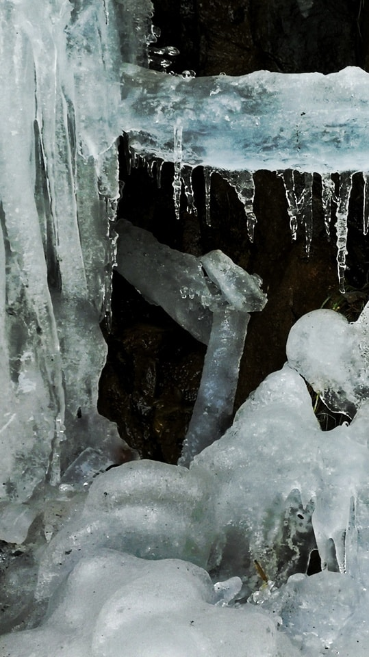 water-freezing-icicle-ice-formation picture material