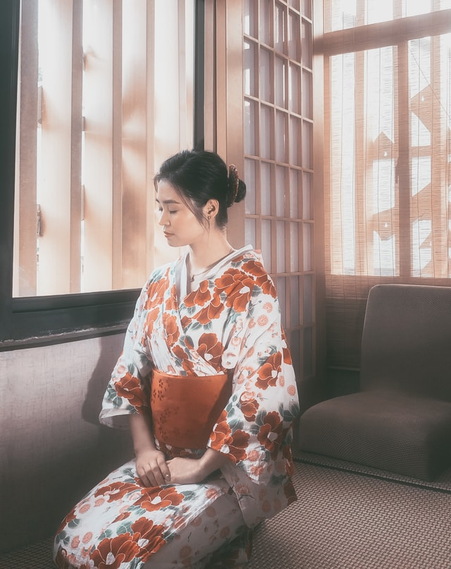 japanese-clothes-portrait-clothing-kimono-sitting picture material