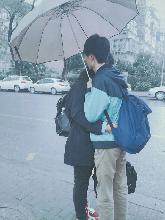 umbrella-people-rain-man-adult picture material