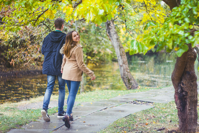 fall-park-nature-outdoors-girl picture material