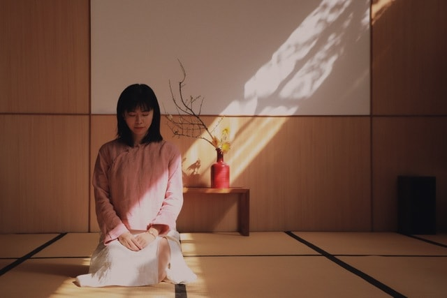 light-and-shadow-costume-room-kimono picture material