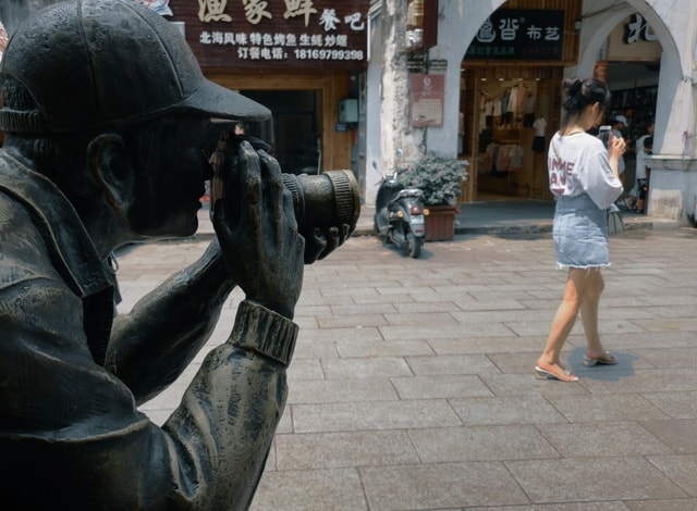 photography-humanities-old-street-sculpture-snapshot picture material