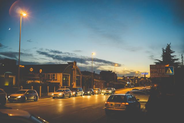 car-street-travel-sunset-road 图片素材