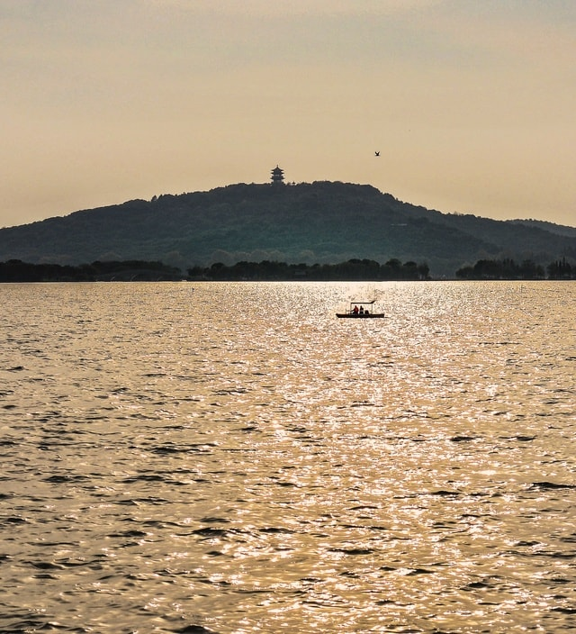 body-of-water-water-sky-sea-horizon 图片素材