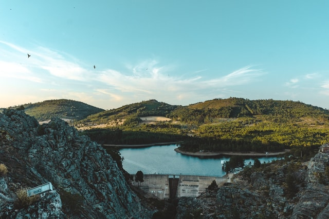 mountains-den-reflection-water-lake 图片素材