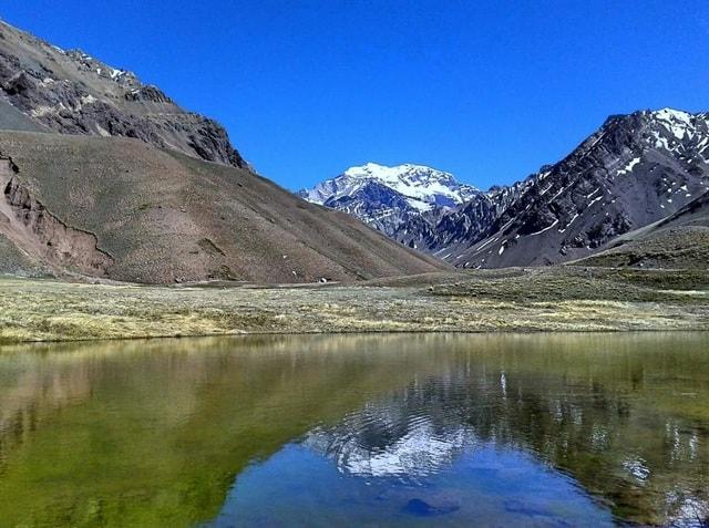 mountainous-landforms-mountain-aconcagua-natural-landscape-highland 图片素材