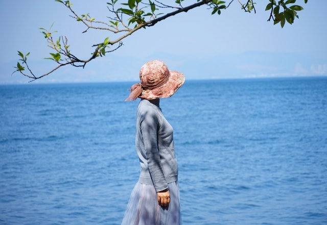 hope…-blue-sky-sea-tree picture material