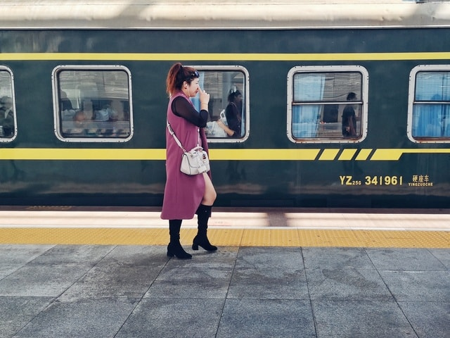 transport-mode-of-transport-vehicle-public-transport-yellow 图片素材
