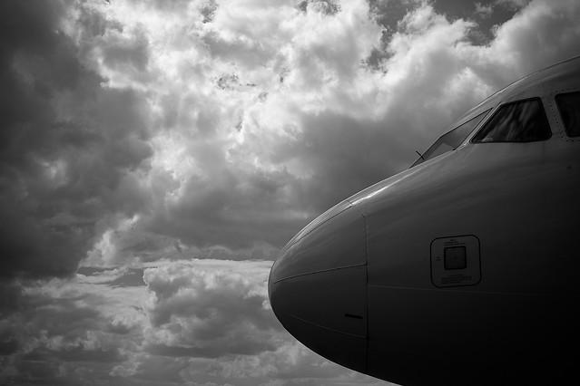 airplane-aircraft-sky-cloud-no-person 图片素材