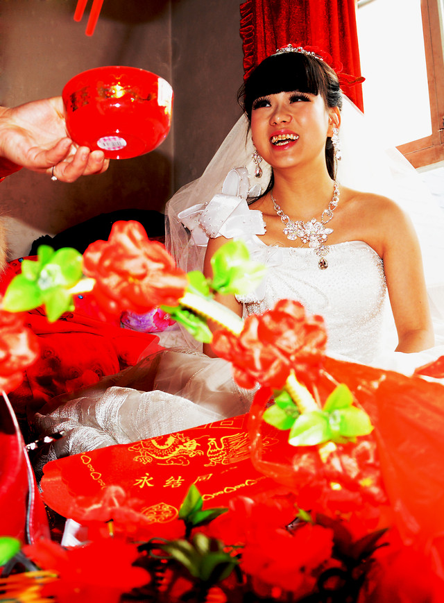 woman-christmas-celebration-wedding-people picture material