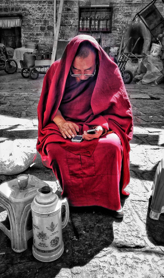 people-street-religion-woman-red picture material