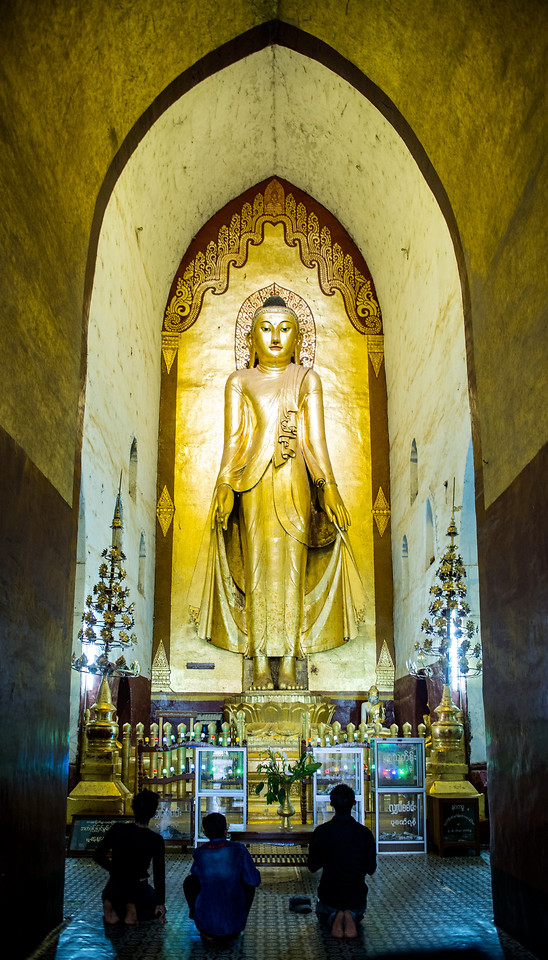 church-religion-travel-cathedral-statue picture material