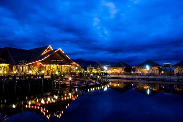 water-no-person-travel-evening-reflection 图片素材