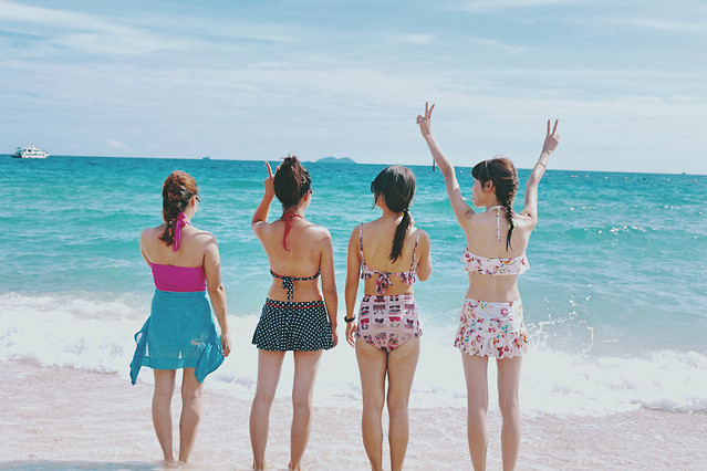 sand-beach-enjoyment-leisure-water picture material