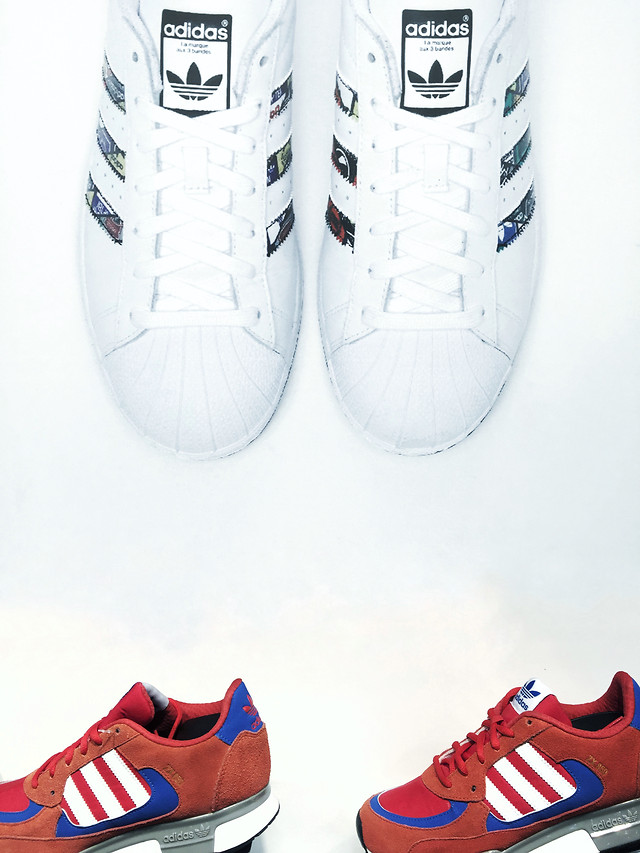 footwear-foot-shoe-couple-together-fashion picture material