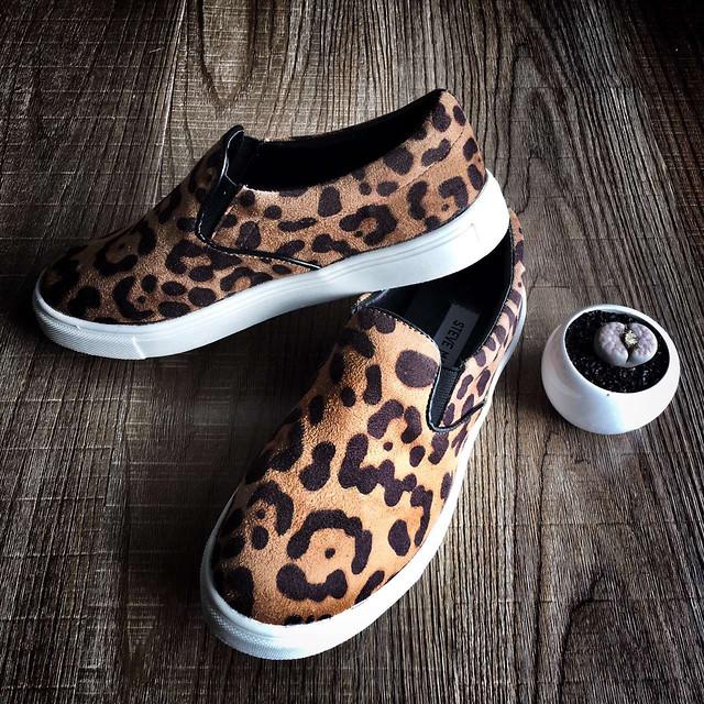 footwear-shoe-foot-fashion-wear picture material