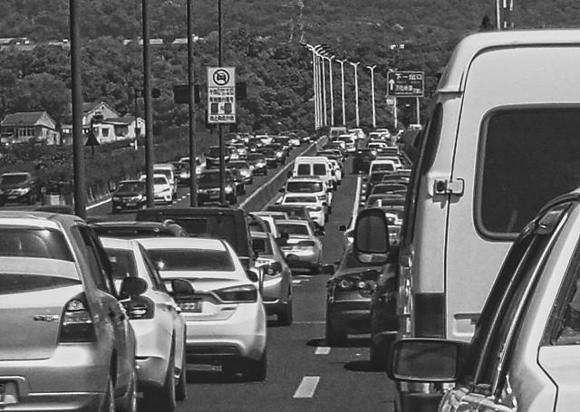 car-vehicle-road-street-traffic 图片素材