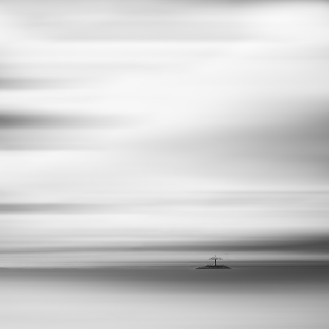 abstract-blur-white-black-white-art picture material