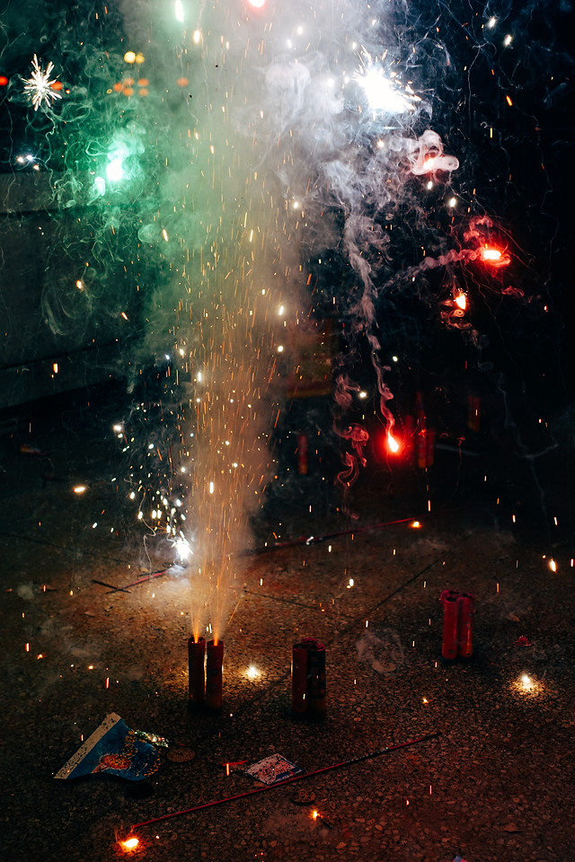 flame-christmas-fireworks-space-nature picture material