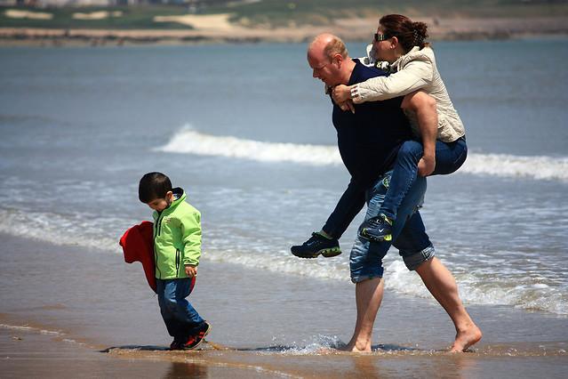 beach-child-water-sea-fun picture material