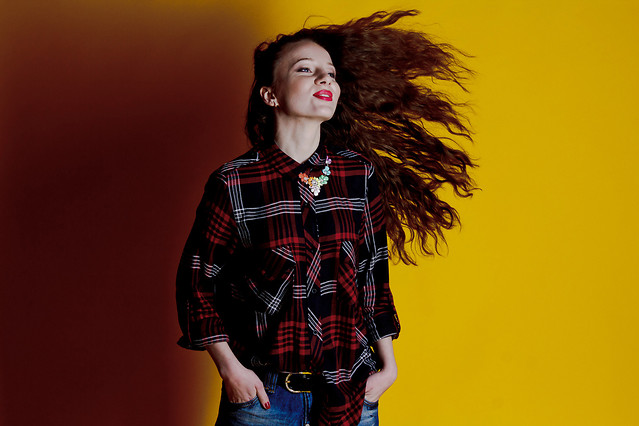 portrait-woman-fashion-girl-plaid picture material