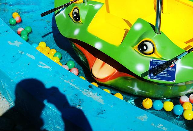 fun-green-no-person-color-yellow picture material